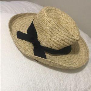 Beach hat!